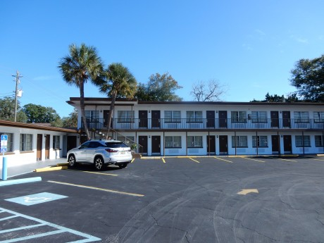 Welcome To Sunset Inn St Augustine - Guest Parking